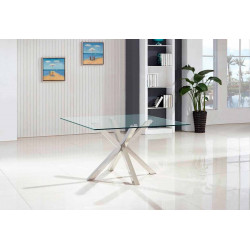 Mesa cuadrada. 140 x 140 x 75 cm.
