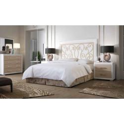 Dormitorio Completo. Lacado. Cabecero 135/150, 2 mesitas, cómoda y espejo.
