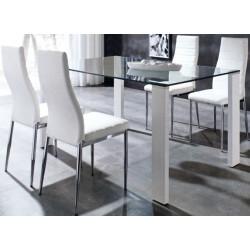 Conjunto de Mesa de cristal 140x90 con 4 sillas.