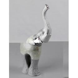 Elefante 10 x 6 x 26 cm.