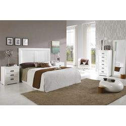 Dormitorio de matrimonio completo. Madera y DM lacado blanco.